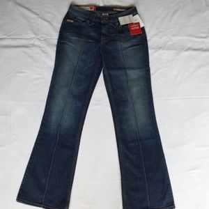 "Guess ""Speedway"" Bootcut Jeans NWT- Sz. 31"